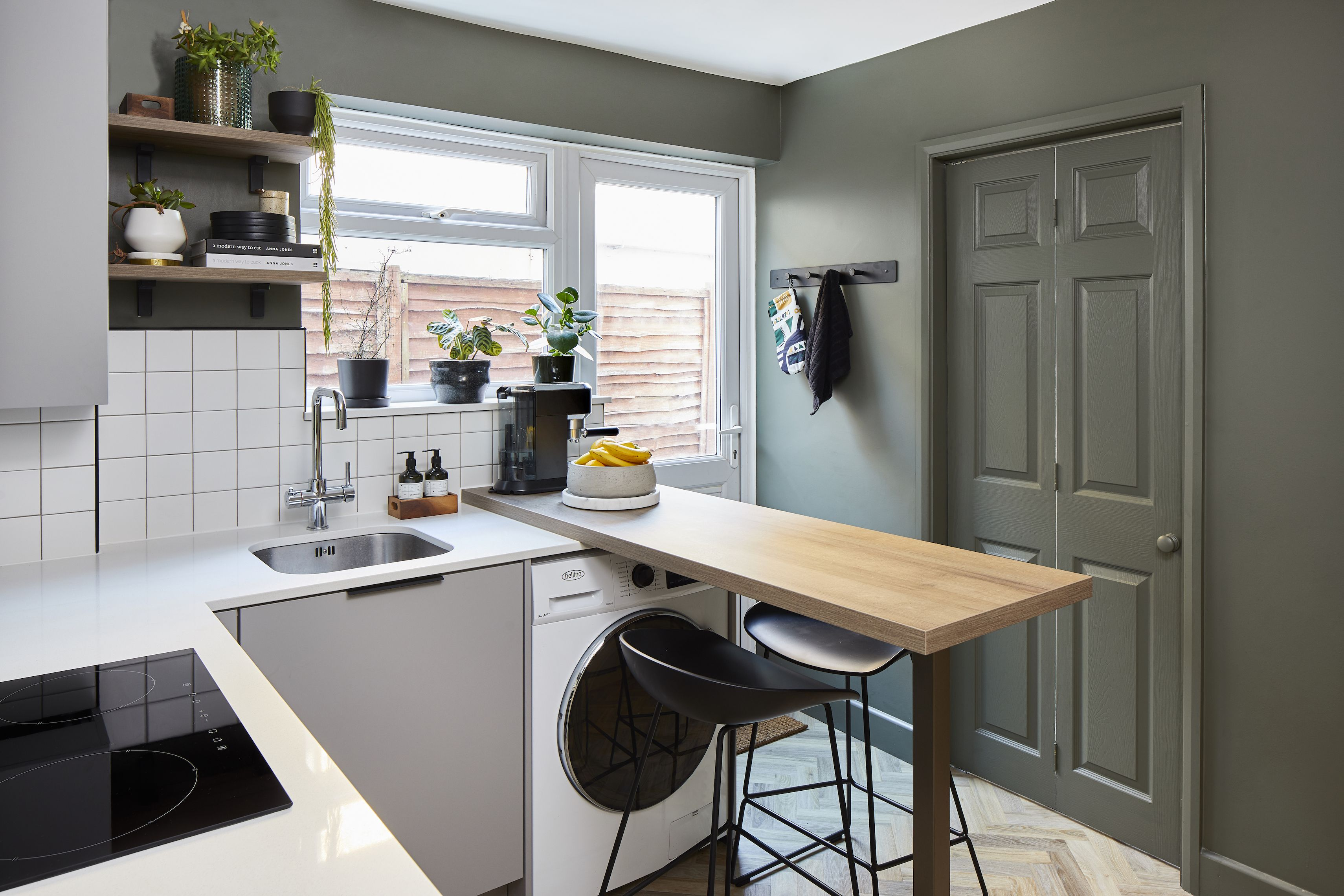 Photos: bright and bold makeover for a dingy one-bedroom Walthamstow flat