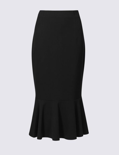 986e73b47ec Lorraine Kelly s Fishtail Midi Skirt As An Affordable Wardrobe Staple