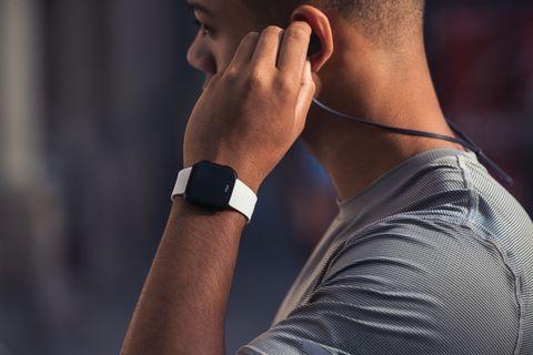 Fitbit Versa, fitness tracker, workout