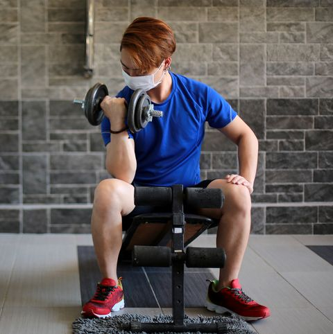 is it safe to return to a gym covid 19 risks in gyms