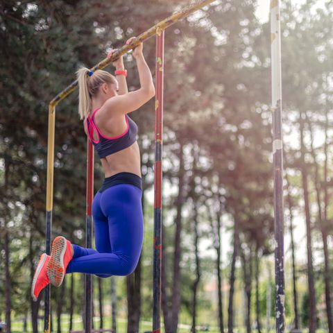 Pull ups - best exercises to lose weight