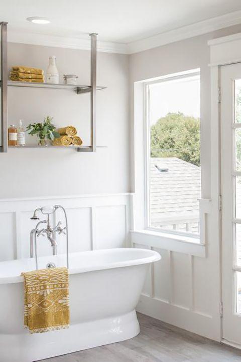 20 Dreamy Fixer Upper Bathrooms Best Joanna Gaines Bathroom Designs