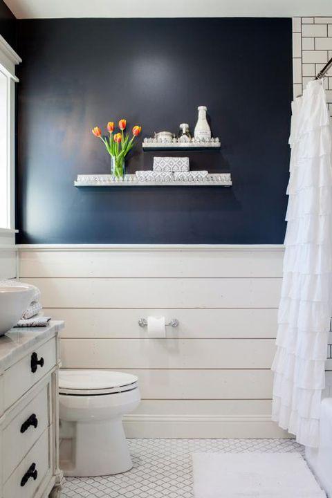 20 Dreamy 'Fixer Upper' Bathrooms - Best Joanna Gaines ... on hgtv deck designs, hgtv property brothers bathrooms, hgtv luxury bathrooms, hgtv beautiful bathrooms, hgtv house designs, hgtv walk in closet designs, hgtv spa bathrooms, hgtv home bathrooms, hgtv traditional bathrooms, hgtv elegant bathrooms, hgtv headboards designs, hgtv master bathrooms gallery, hgtv bathrooms candice olson, hgtv loft designs, hgtv best bathrooms, hgtv bar designs, hgtv kitchen, guest suite design, hgtv pool designs, hgtv remodeled bathrooms,
