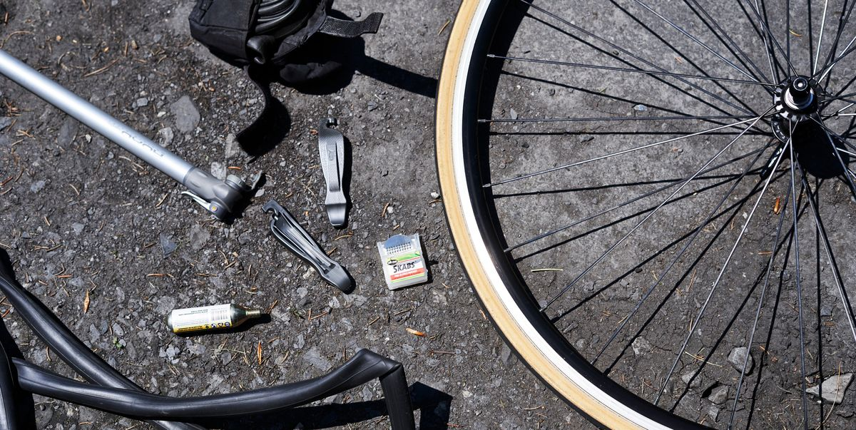 How To Change A Bike Tire How To Fix A Flat Tire On Bike