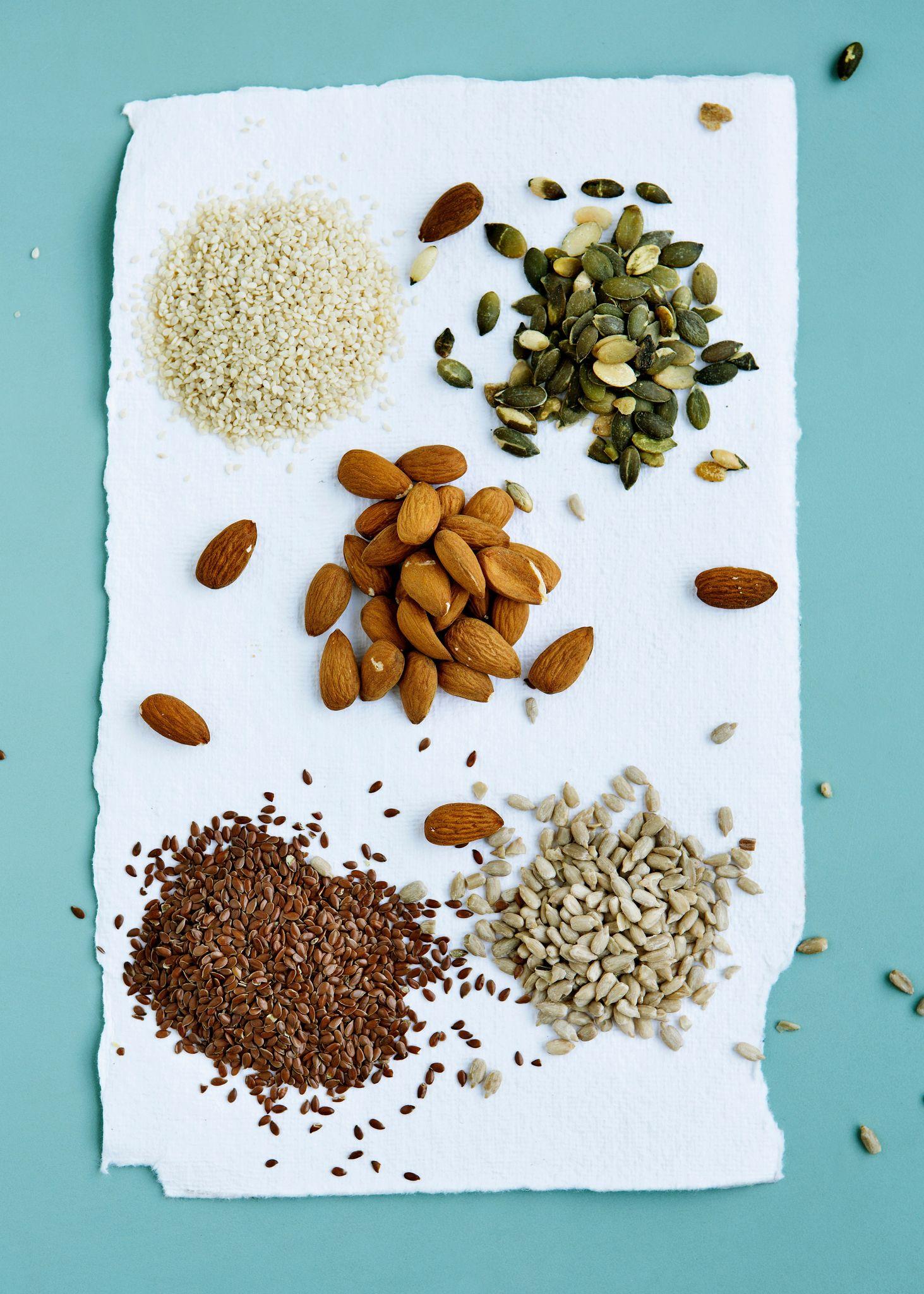 Flax seeds, pumpkin seeds, sunflower seeds and almonds