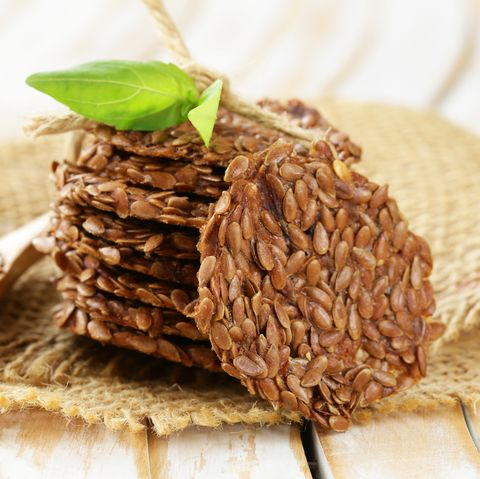 crackers from flax seeds, healthy food gluten free
