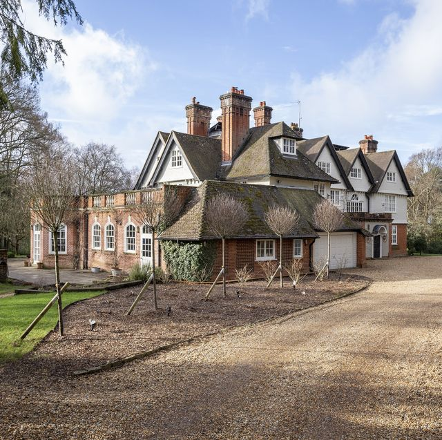 country house once home to fleetwood mac for sale in hampshire
