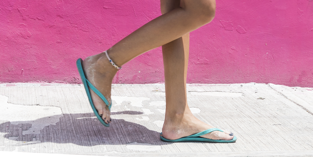 1e72827ee 10 Reasons You Should Never Wear Flip-Flops