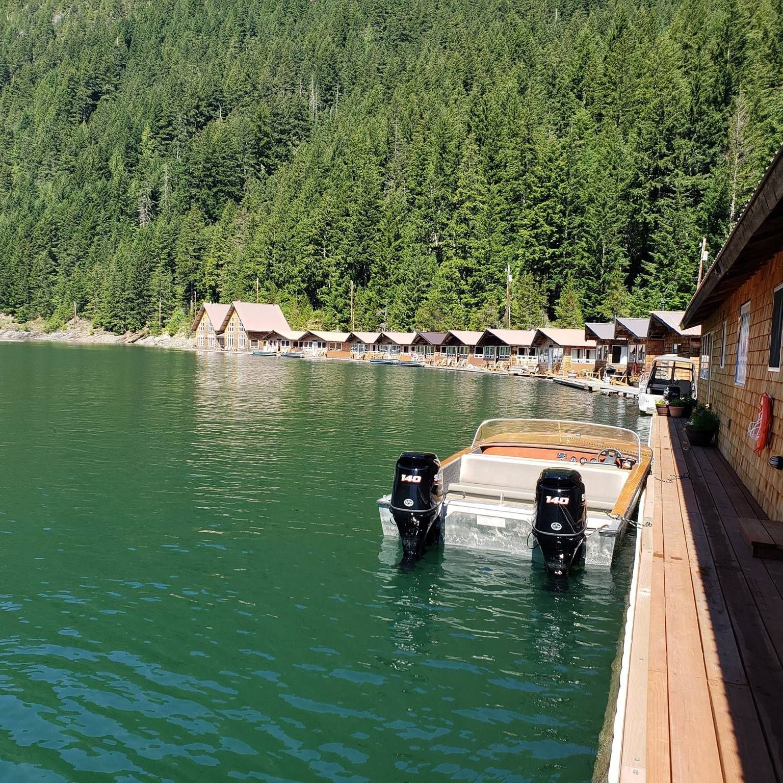 The Floating Cabins at This Washington Resort Are the Perfect Summer Getaway