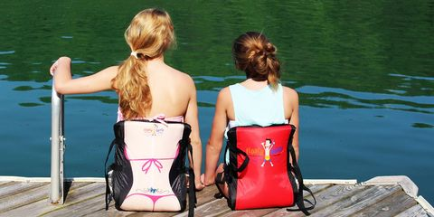 Water, Lifejacket, Summer, Leisure, Vacation, Pink, Personal protective equipment, Fun, Recreation, Leg,