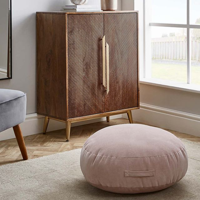 floor cushions 11 styles to help you lounge comfortably