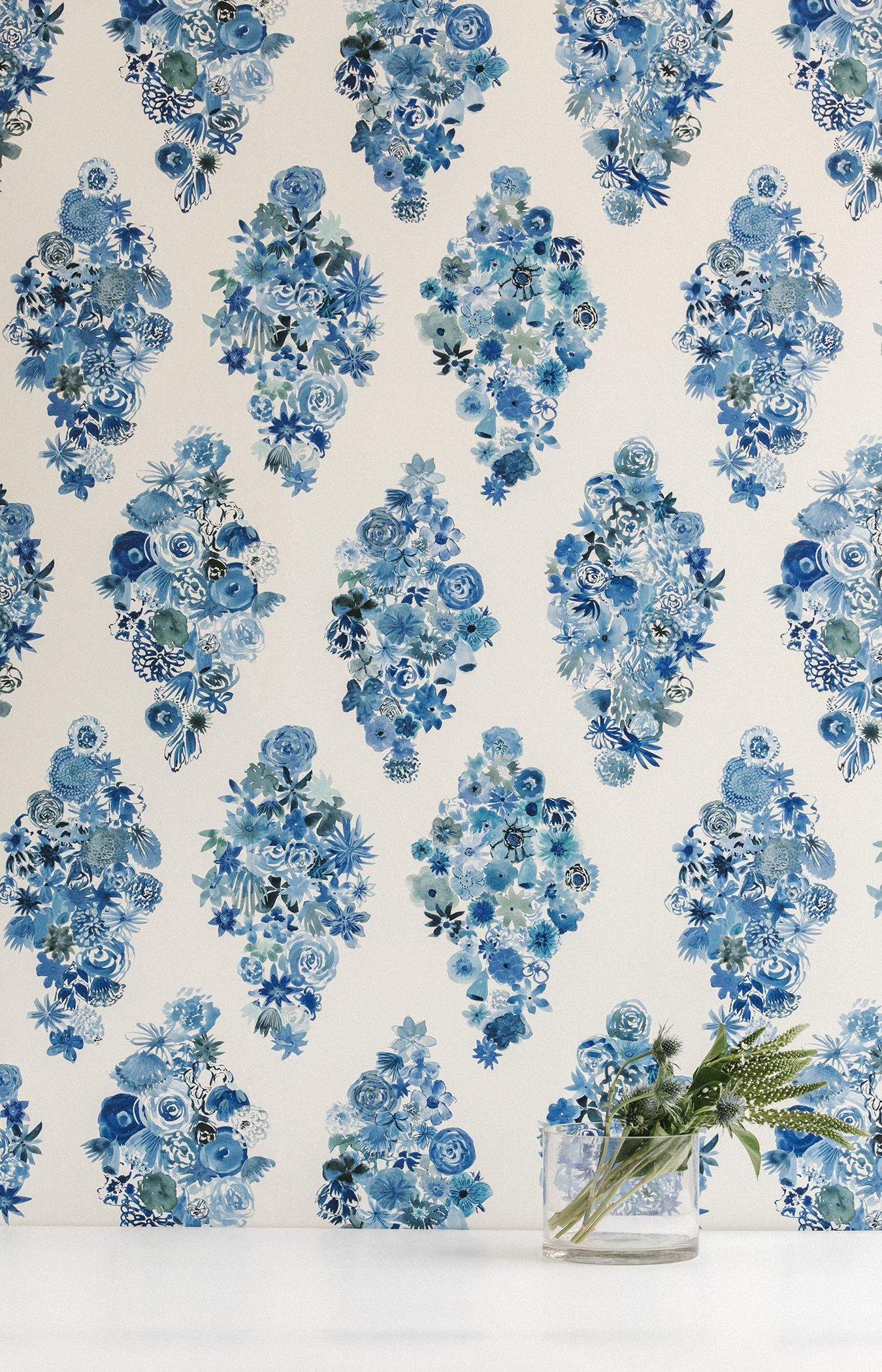 Flat Vernacular Makes The Perfect Floral Wallpaper For People Who