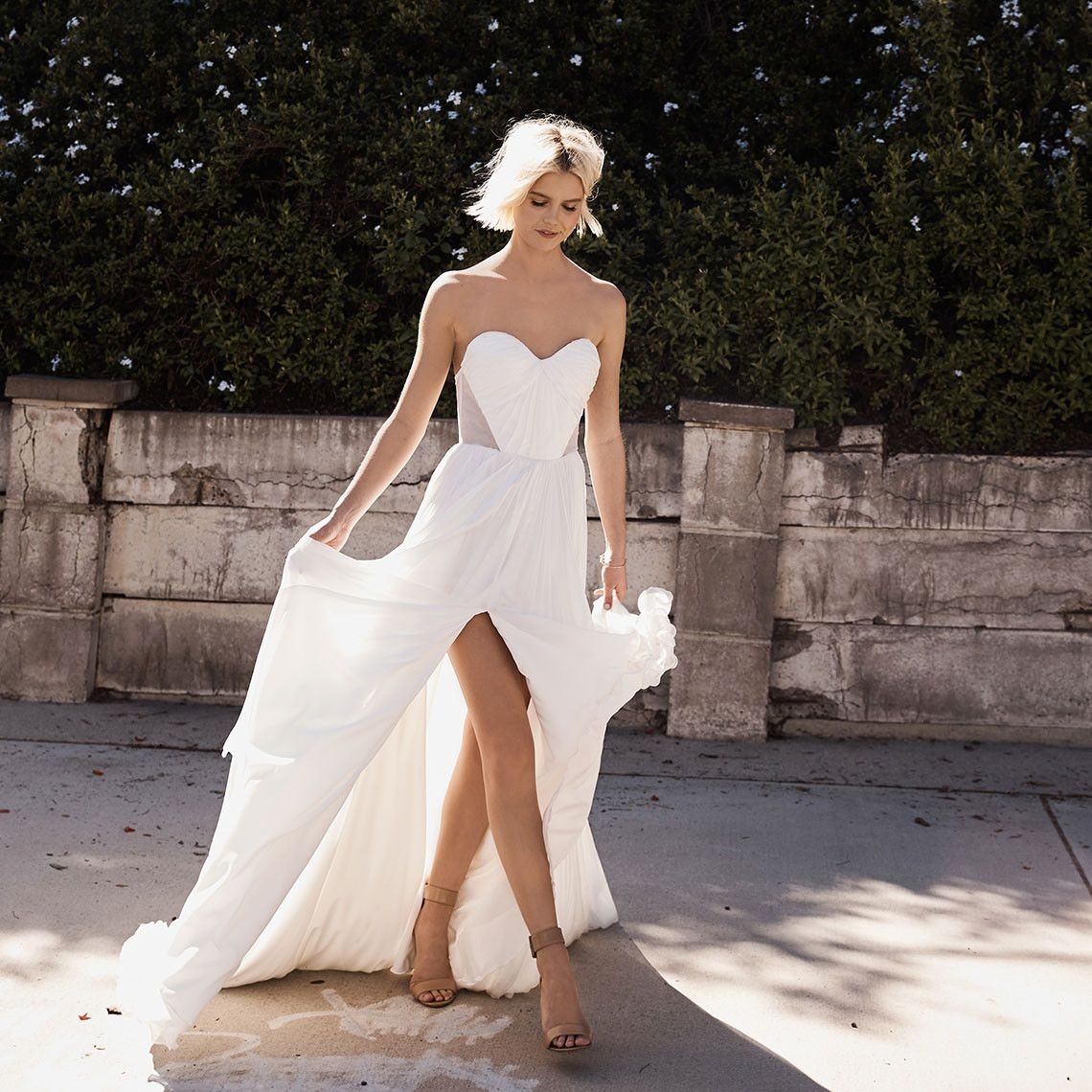 You Can Design Your Dream Wedding Dress Online Now
