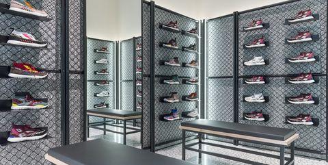 Eyewear, Room, Glasses, Furniture, Wall, Footwear, Interior design, Sunglasses, Building, Shoe store,
