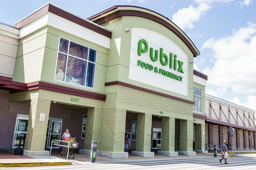 Is Publix Open on New Year's 2021? Everything You Need to Know About the Grocery Store's Hours