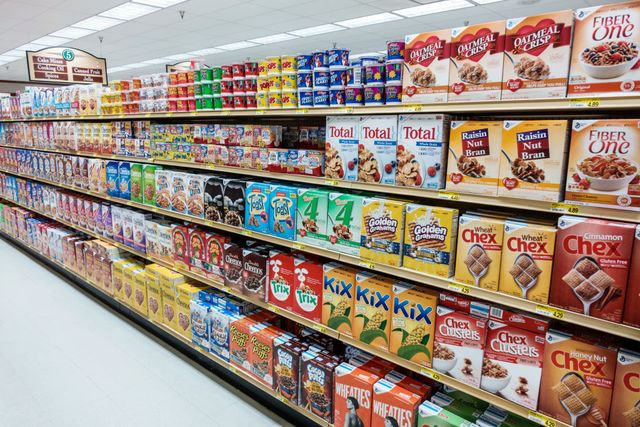florida, sanibel island, jerry's foods, supermarket cereal aisle
