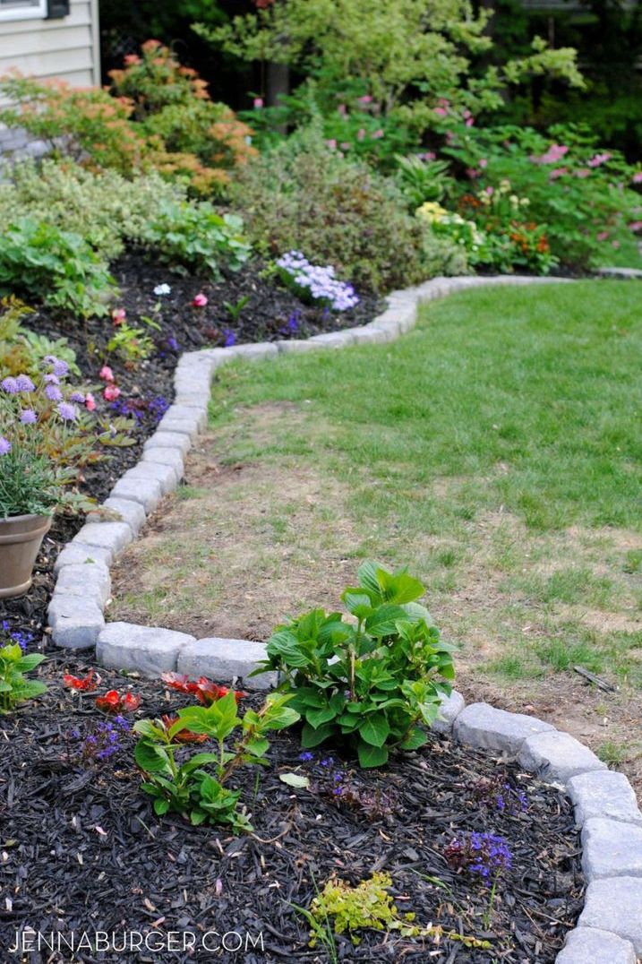 cheap flower bed border & 14 Cheap Landscaping Ideas - Budget-Friendly Landscape Tips for ...