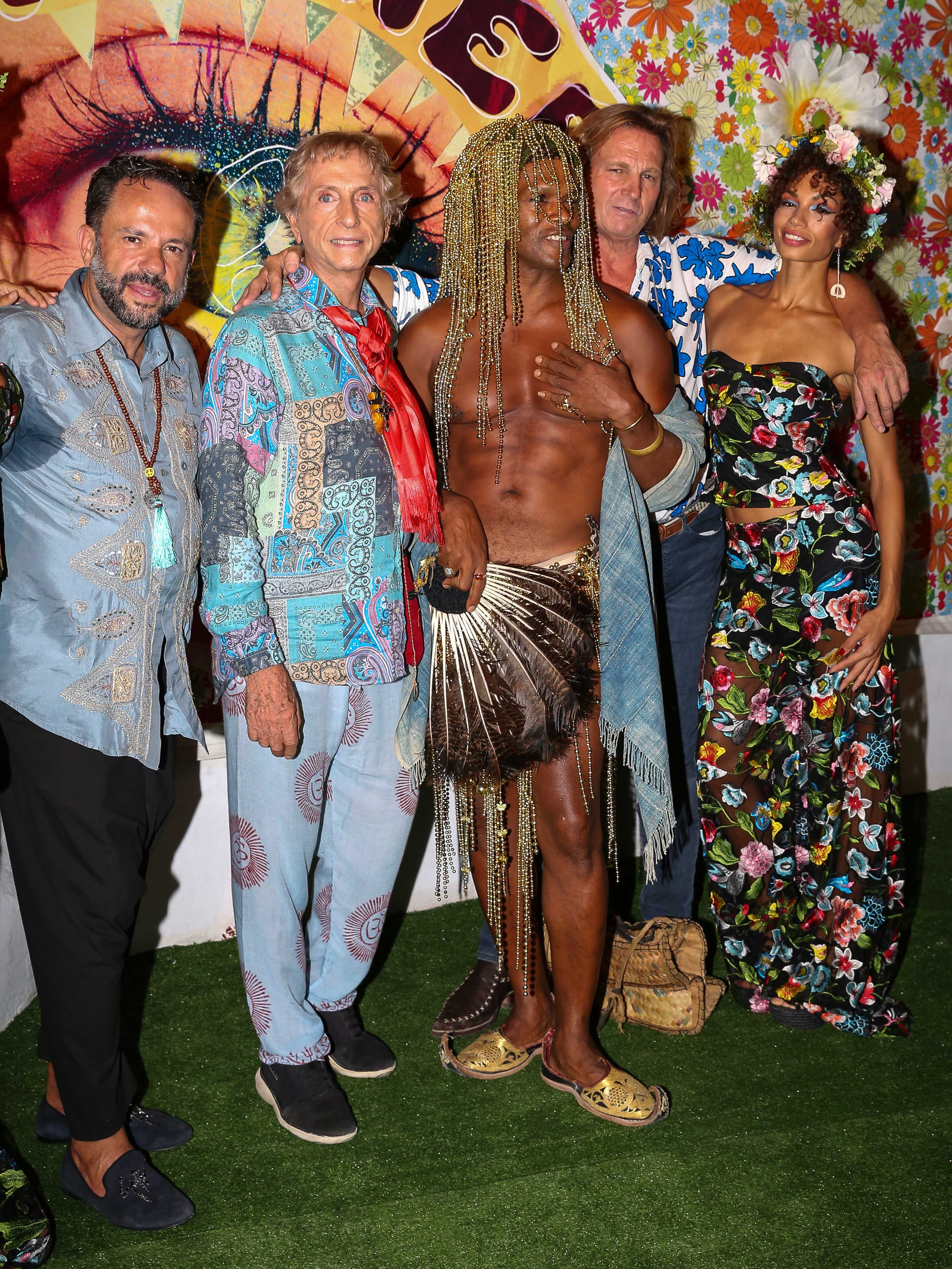Fiesta Flower power Ibiza