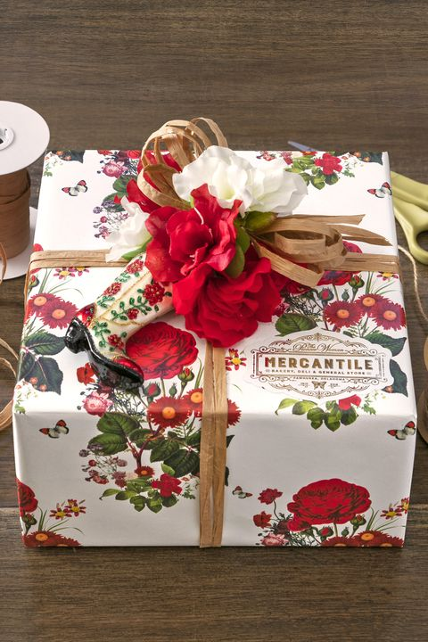 flowers ornament christmas gift wrapping ideas