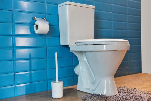 flushing toilet, spread coronavirus