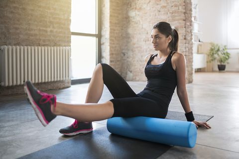 Leg, Physical fitness, Human leg, Thigh, Yoga mat, Pilates, Shoulder, Arm, Joint, Exercise,