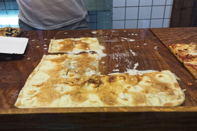 I trucchi per fare una focaccia con il formaggio eccezionale come quella di Recco