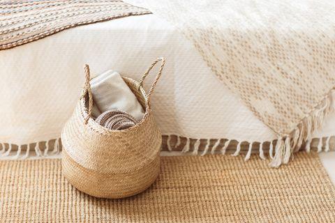 decorar cestas mimbre