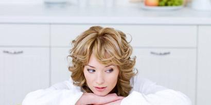 Cabinetry, Fruit, Blond, Major appliance, Sweetness, Citrus, Natural foods, Dessert, Home appliance, Snack,