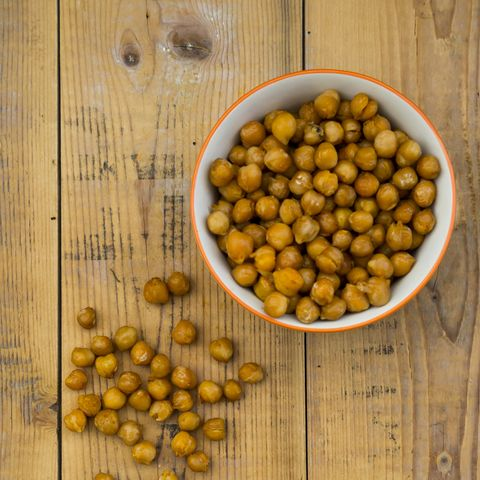 foods that give you energy - roasted chickpeas