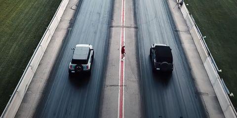 ford bronco vs jeep wrangler drag race