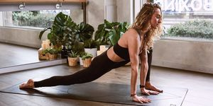 hip flexor stretch,Good posture exercises