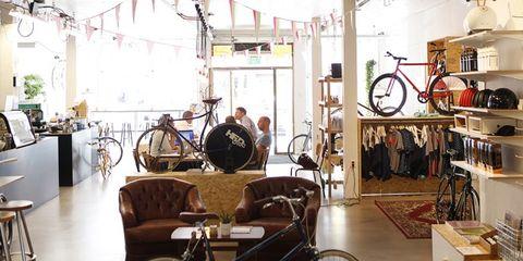 koers, koffie, fietsliefhebbers, Vera, Koedooder, bikes&coffee, scriptie
