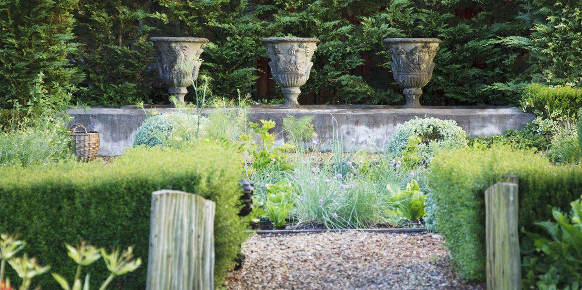 8 design ideas for a formal garden