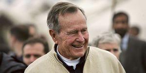 Former US President Bush Visits Earthquake Survivors in Pakistan