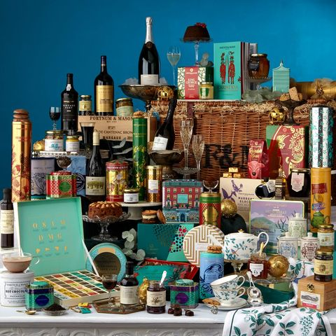 christmas hampers   fortnum  mason