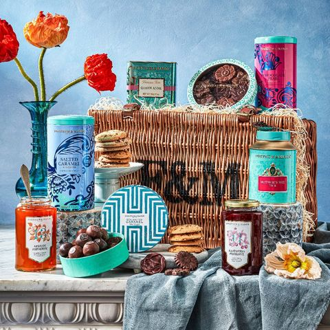 fortnum  mason mother's day hamper