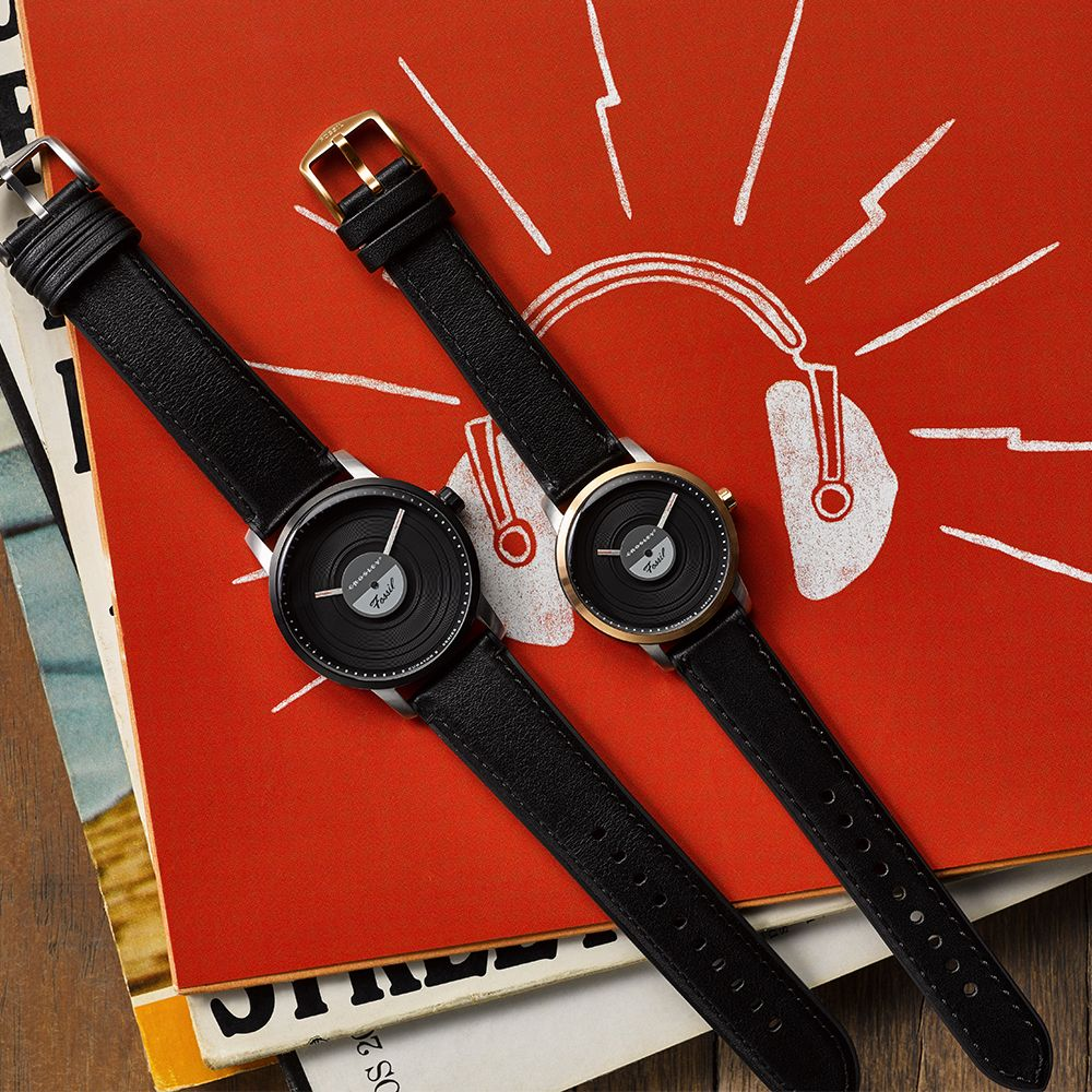 This Crosley x Fossil Watch is the Only Timepiece I've Ever Wanted to Wear