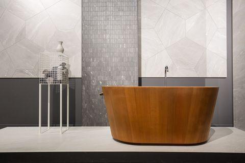Mattonelle grandi formati: 23 idee 2019 per il bagno