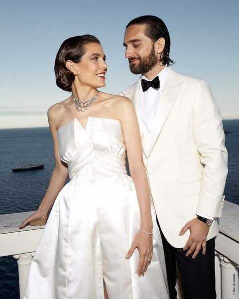 White, Suit, Clothing, Dress, Formal wear, Wedding dress, Gown, Bridal clothing, Tuxedo, Fashion,