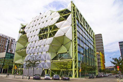22@ Barcelona-Edificios futuristas en el distrito de la innovación