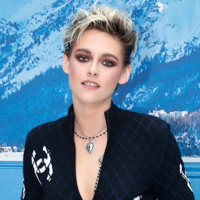 Fashion, Eyewear, Outerwear, Street fashion, Electric blue, Black hair, Fashion accessory, Neck, Style, Model,