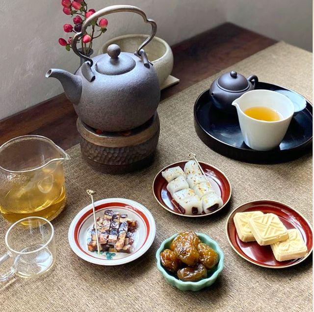 Food, Dish, Meal, Breakfast, Brunch, Cuisine, Tableware, Ingredient, Porcelain,
