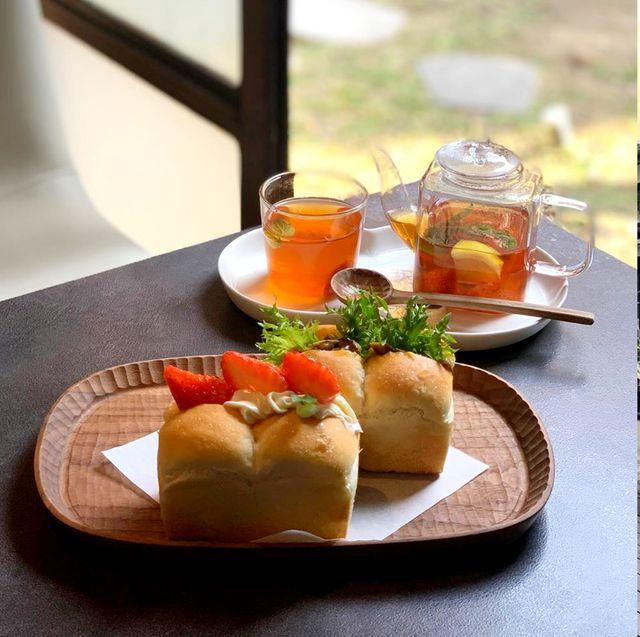 Food, Dish, Cuisine, Meal, Brunch, Ingredient, Breakfast, Room, Table, Vegetarian food,