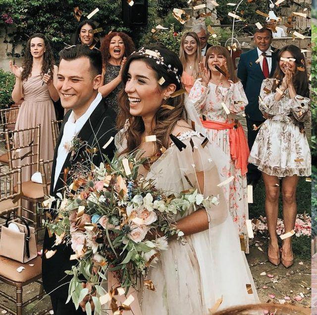 夏天參加婚禮的4大踩雷單品!雪紡小洋裝、襯衫竟然都上榜?