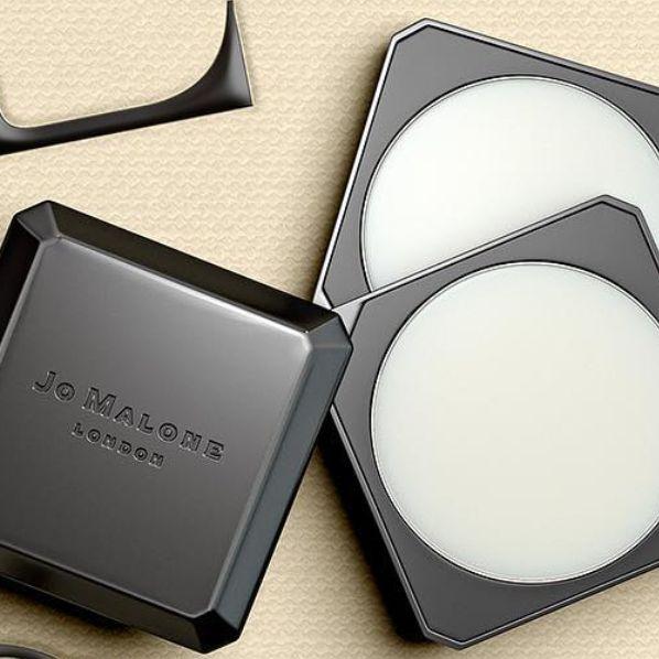 Product, Hand, Eyelash, Cosmetics,