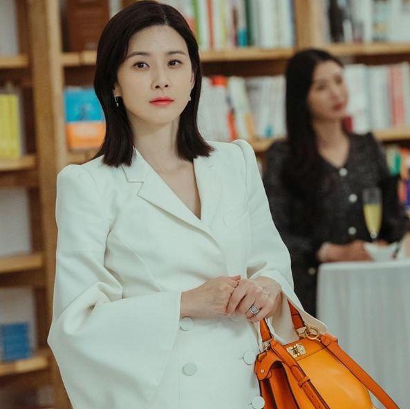 netflix韓劇《我的上流世界》李寶英同款質感精品包介紹