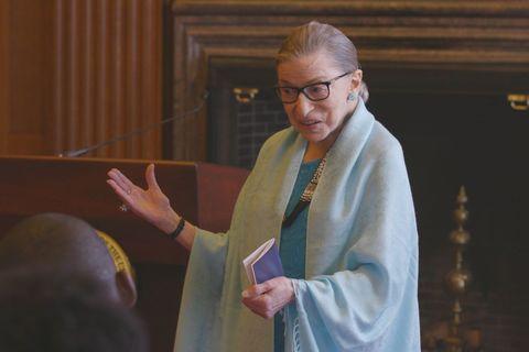 「法律女王」露絲拜德金斯伯格胰腺癌離世享壽87歲,美國人民齊聚華盛頓最高法院哀悼
