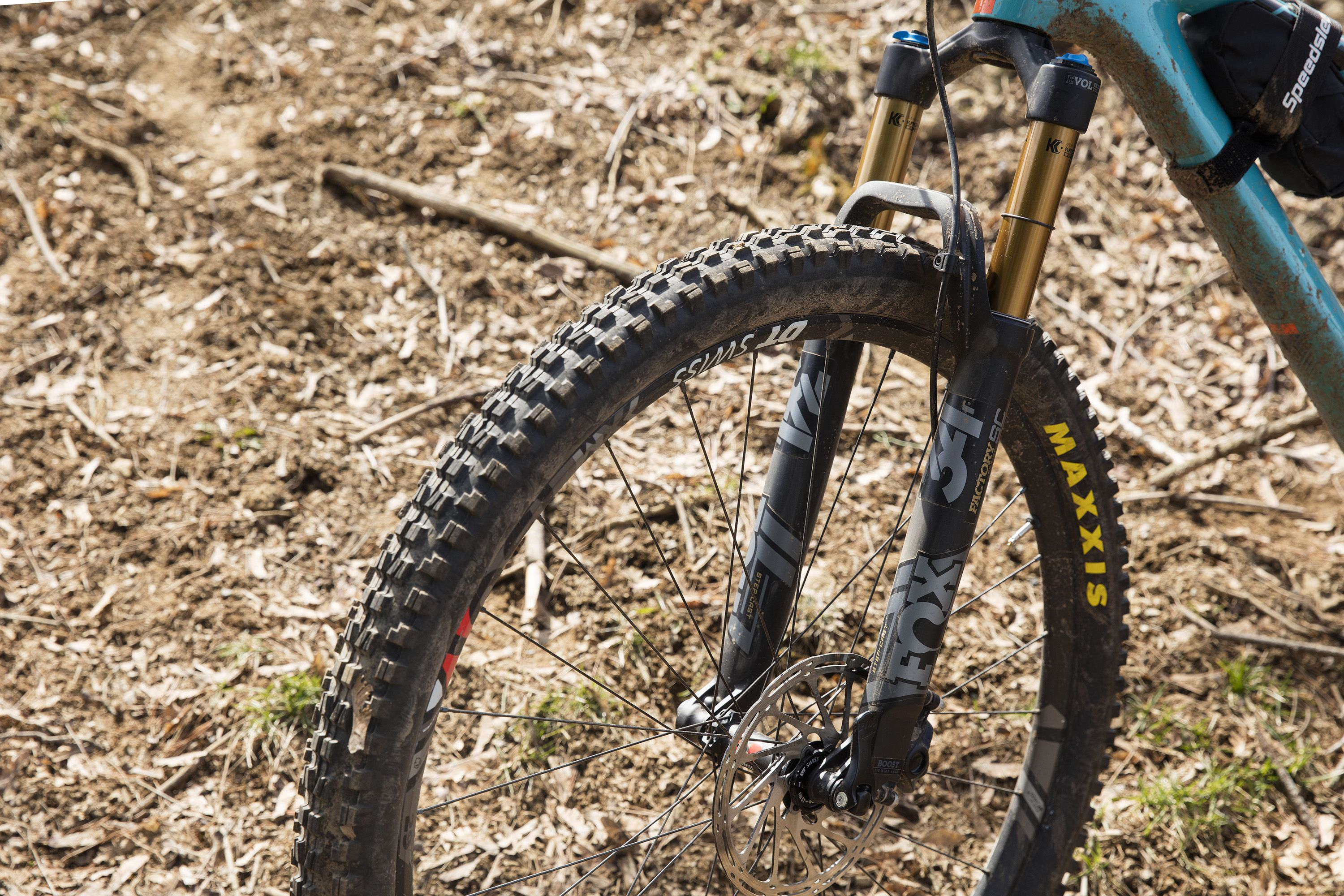 Fox 34 Step-Cast Fork Review I Bicycling