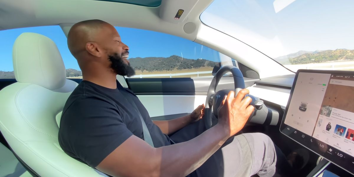 Jamie Foxx Uses All the Swears in a Tesla Test Drive