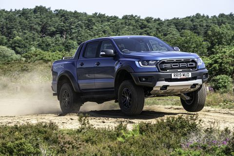 Land vehicle, Vehicle, Car, Off-roading, Automotive tire, Pickup truck, Tire, Motor vehicle, Off-road vehicle, Truck,